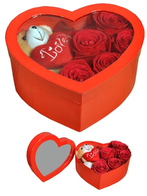 Kalp Güller ve Peluş Ayıcık