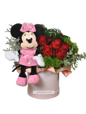 Güller ve Minnie Mouse