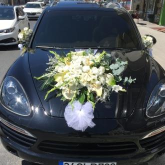 Beyaz Lilyumlu Gelin Araba Süsleme